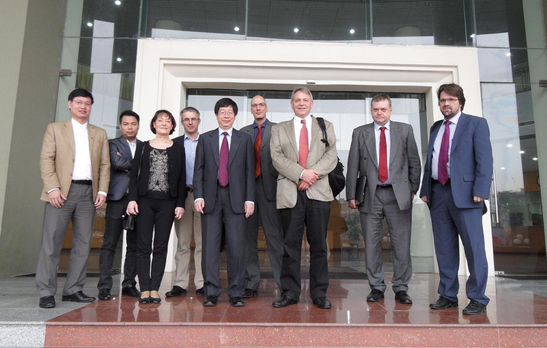 CRO besucht Vietnam